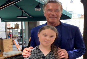 هدیه آرنولد به دختر معروف فعال محیط زیست
