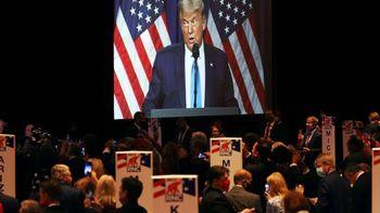 آشفتهبازار در اردوگاه تبلیغاتی ترامپ