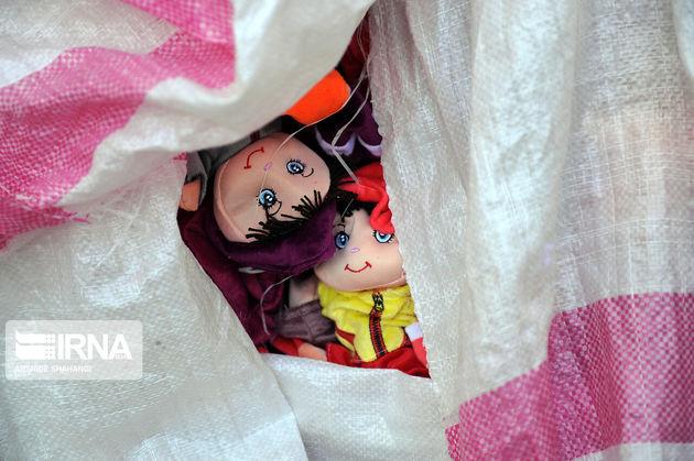 عروسک سازان نانآور