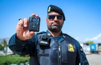 رفتار پلیس زیر ذرهبین / لباسهای دوربیندار
