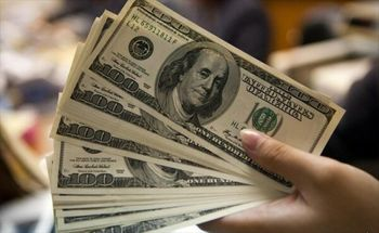نزول دلار به پایینترین سطح ۱۱ هفته اخیر