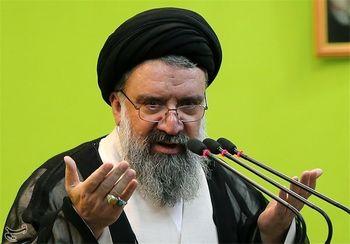 سید احمد خاتمی: دشمنان فکر کمترین تعرضی بکنند موشکهایمان مانند صاعقه بر سرشان فرود خواهد آمد