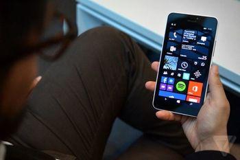 تداوم کاهش فروش گوشیهای هوشمند