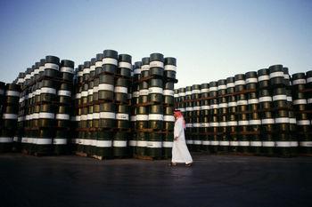 عربستان نفت خود را در آسیا گران کرد