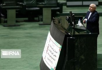 ظریف؛ وزیر همیشه پاسخگوی مجلس