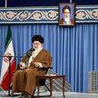 رهبر انقلاب: مهمترین نیاز امروز دنیای اسلام، وحدت و پیشرفت علمی است