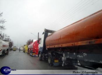 ورود تانکرهای حامل سوخت عراقی به ایران موقتا ممنوع شد
