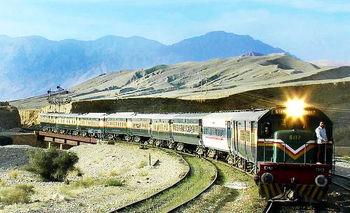 پیشنهاد افزایش ۲۰ تا ۳۰ درصدی قیمت بلیت قطار از اول تیرماه