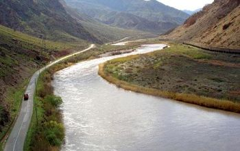 خروج سالانه 10 میلیارد مترمکعب آب از کشور