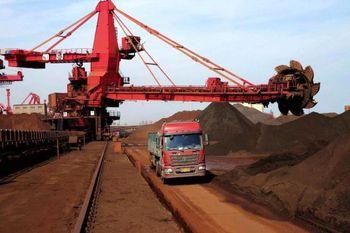 ریزش مجدد سنگآهن در پی کاهش تقاضای فولاد