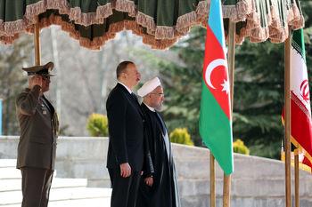ایران و آذربایجان 11 موافقتنامه همکاری امضا کردند