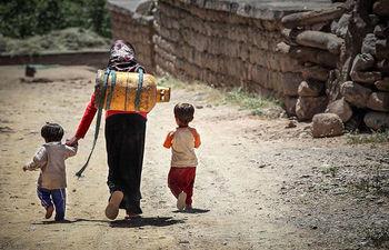 چند درصد شهروندان ایرانی در سال 97 به فقرای کشور افزوده شدند؟/ در حال حاضر طبقه متوسط شهری هم نیازمند حمایت است