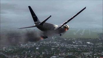 فیلم لحظه سقوط هواپیمای پاکستانی در حومه کراچی