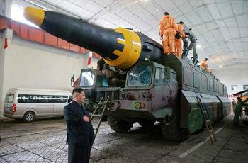 هواسونگ 12 / با موشکی که کره شمالی برای آمریکا آماده کرده آشنا شوید + عکس