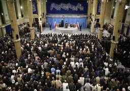 رهبر انقلاب: حمله سحرگاه امروز به سوریه یک جنایت است/روسای جمهور آمریکا و فرانسه و نخستوزیر انگلیس جنایتکارند /ذلت از این بالاتر نیست که آمریکا علناً به سعودیها بگوید گاوشیرده
