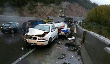 برخورد پنج خودرو در جاده سوادکوه + عکس