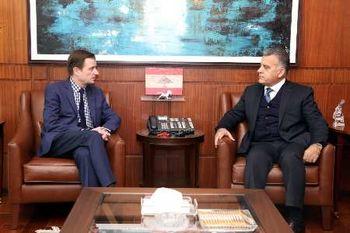 دیدار معاون وزیرخارجه آمریکا با مقامات نظامی بیروت