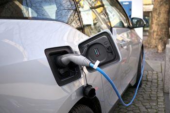 کیفیت ثابت اما کاهش قیمت برای خودروهای برقی فولکس واگن