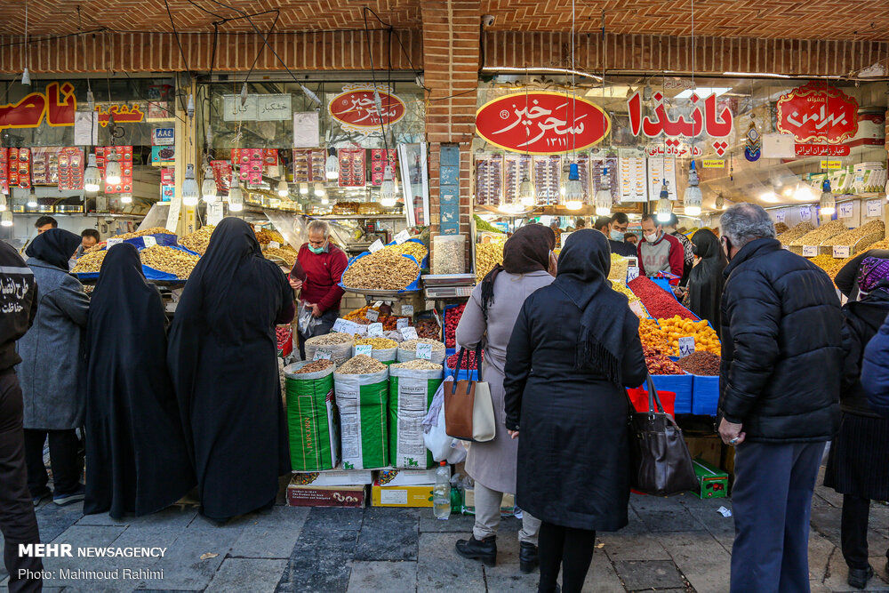 تصاویر: بازار تهران در آستانه شب یلدا