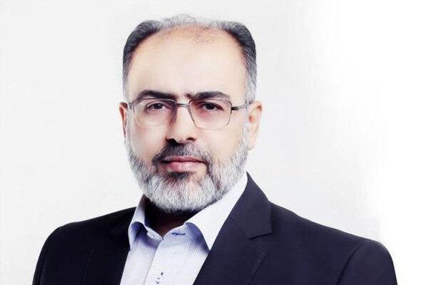 رزم حسینی برنامهای برای احیای بخش معدن ندارد