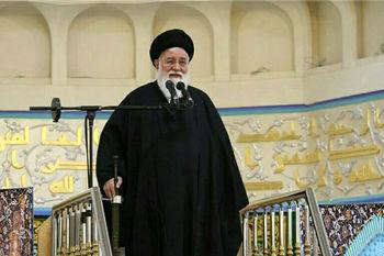 علمالهدی: صاحب ایران اجازه نمیدهد، دزد اموال ایتام وفقرا را ببرد