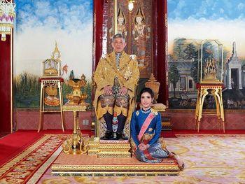 قرنطینه لوکس پادشاه تایلند + تصاویر