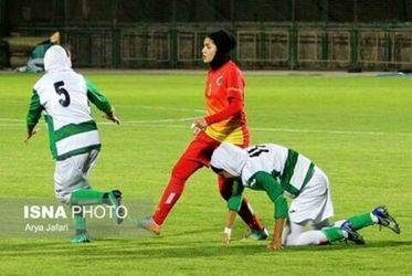 تصاویر زدوخورد دختران فوتبالیست در مسابقات لیگ برتر