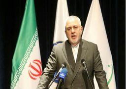 ظریف: تحریمهای آمریکا نوعی جنگ علیه مردم ایران است/پمپئوبهتر است یک وکیل خوب استخدام کند