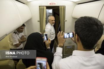 از سلفی خبرنگاران با ظریف تا اشتیاق بوریس جانسون برای دست دادن با وزیر خارجه کشورمان + عکس