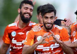 پدیده فوتبال کشور: در ایران نمیمانم
