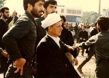 سخنرانی ناتمام در مراسم تشییع امام+تصاویر
