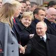 زبان اشاره میان ترامپ و پوتین در پاریس