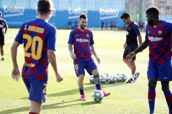 بازیکنان تیم بارسلونا کرونایی شدند