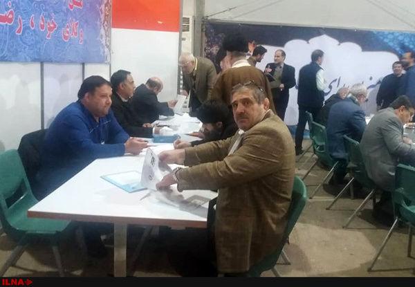 عباس جدیدی داوطلب حضور در انتخابات مجلس شد