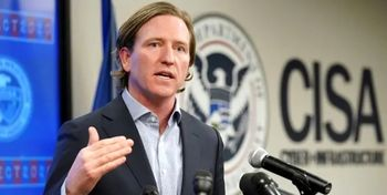 مدیر آژانس امنیت سایبری آمریکا از اخراج خود خبر داد