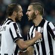 جدال دو ایتالیایی بر سر تصاحب پیراهن مسی!