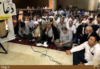 برگزاری اولین دعای کمیل حج 96 در فضای محصور هتل + عکس
