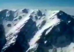 لحظه پیدا شدن لاشه هواپیمای سقوط کرده در دنا + فیلم