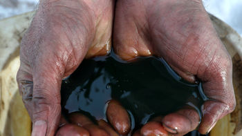 افزایش قیمت طلای سیاه/ پیشبینی تکاندهنده از بازار نفت