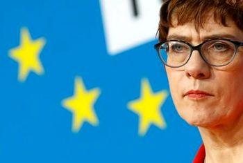 توصیف وزیر دفاع آلمان از وضعیت پس از انتخابات در آمریکا