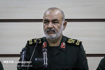 سرلشکر سلامی: تمام امکانات درمانی سپاه برای کمک به کادر درمان به میدان میآید