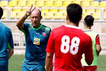 خالی شدن فوتبال ایران از مربیان خارجی