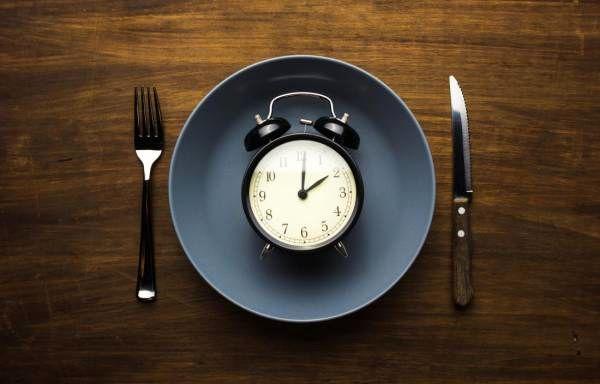 رژیم غذایی 8_16 چیست
