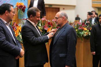 کسب «مدال افتخار صادرات سال 1398»توسط گروه فراب