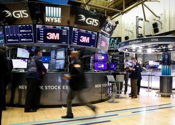 عقبنشینی آمریکا؛ حذف شرکتهای چینی از بازار سهام آمریکا کنسل شد!