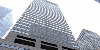 حکم مصادره برج منهتن بنیاد علوی رد شد