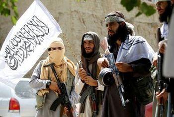 رونمایی از عکسهای «بَزَک » کرده مردان طالبان !