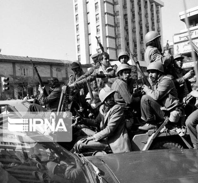 21 بهمن/انقلاب