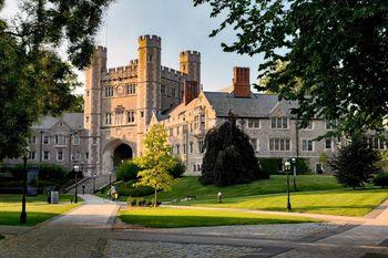 دانشگاه پرینستون آمریکا در پی هشدار بمبگذاری تخلیه شد
