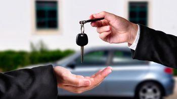 خودروهای پیش فروش شده سال گذشته چه زمانی تحویل داده می شوند؟